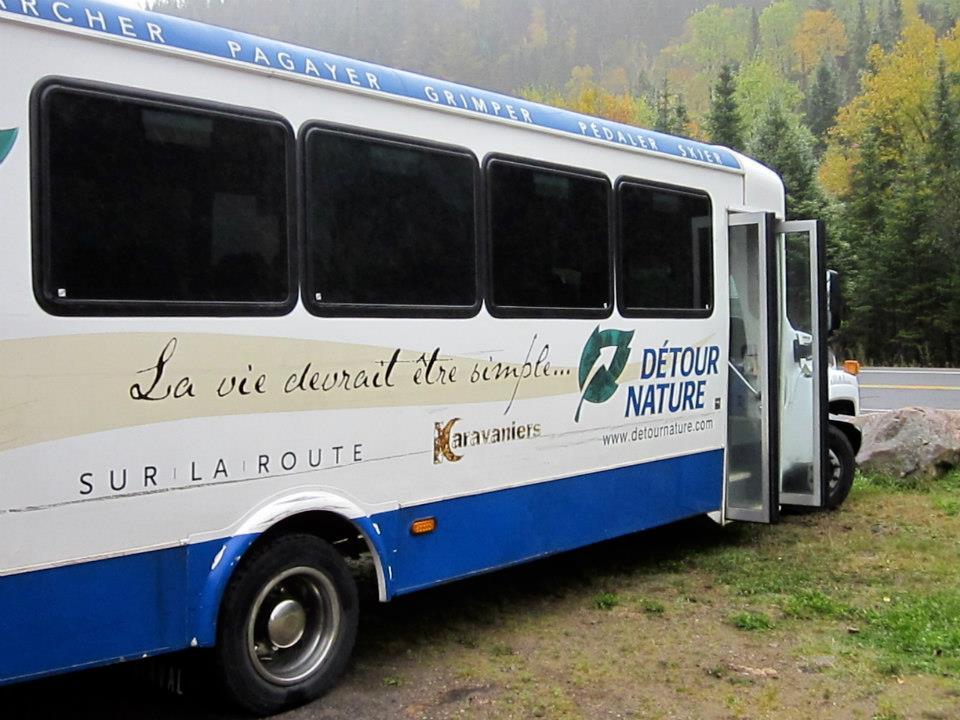 bus-nature-quebec