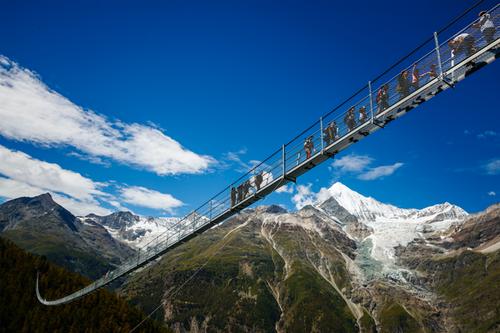 pont-suspendu-suisse